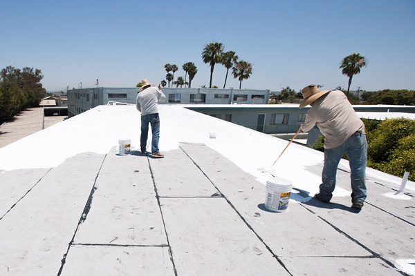 Installing Cool Roofing on Commercial Building