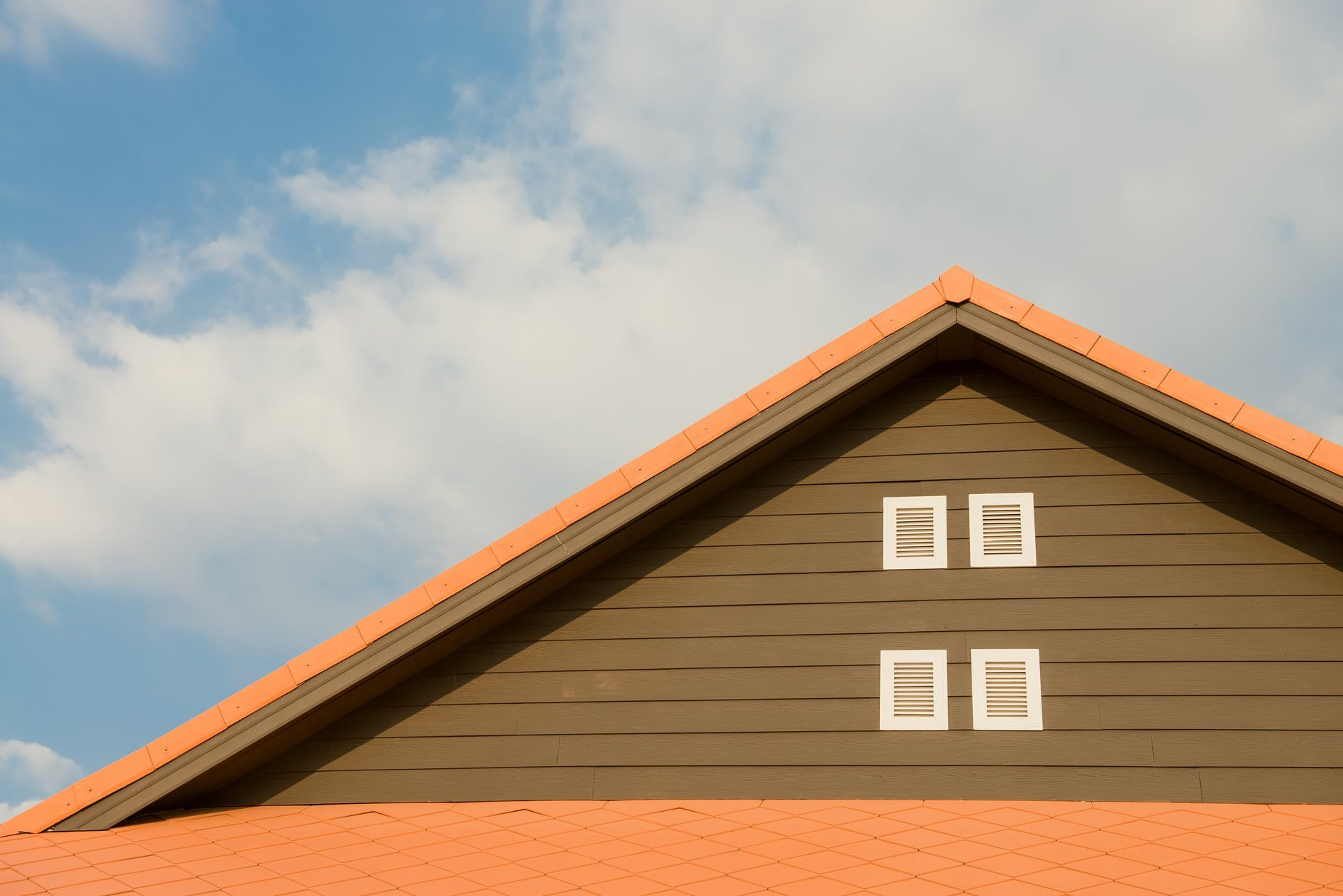 Upgrade Your House by Getting Your Roof Replaced
