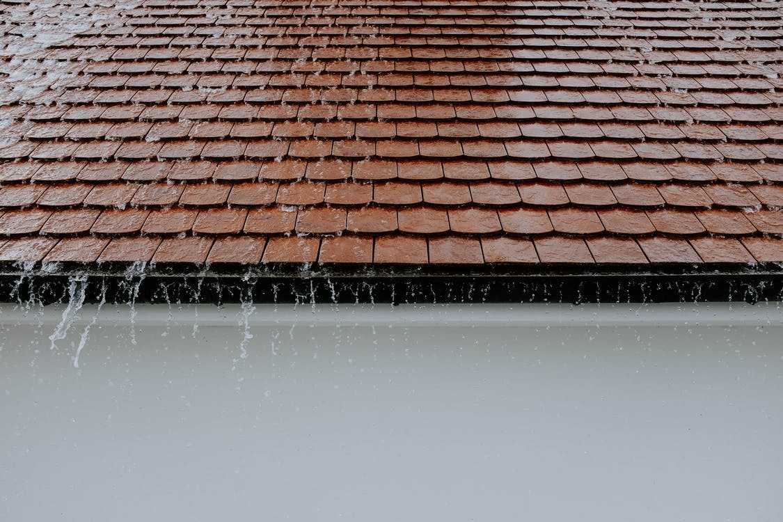 3 Signs That Your Roof Need May Need to Be Replaced